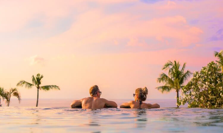 Best-Couples-Tropical-Vacations-5-Spots-You-Dont-Want-To-Miss