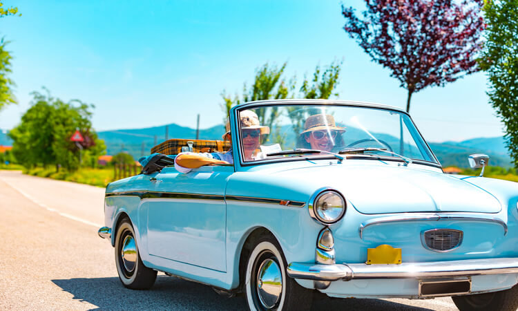 Best Road Trips For Couples In The US For All Budget Types