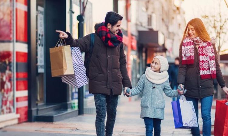 Famous Cities For Families To Explore During The Holidays