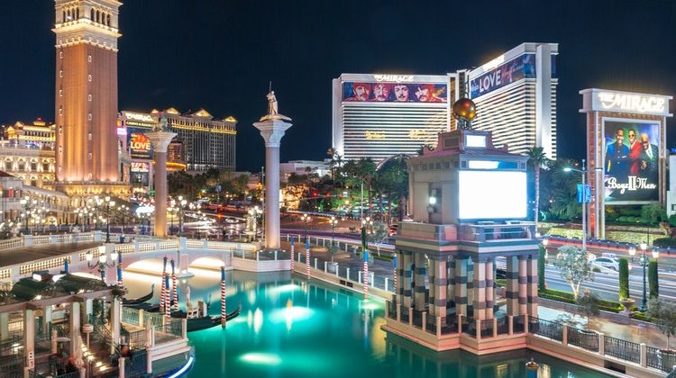 What Hotels Are Near MGM Grand – 10 Hotels To Check Out